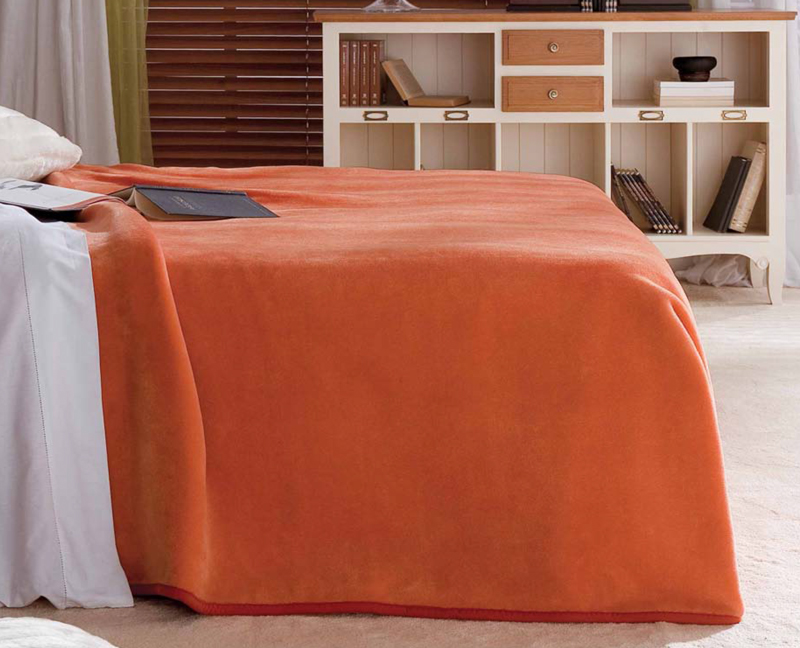 MANTA LISA 5047 color 53 Cama de 090 cms