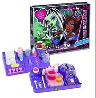 LABORATORIO ESTETICA MONSTER HIGH D